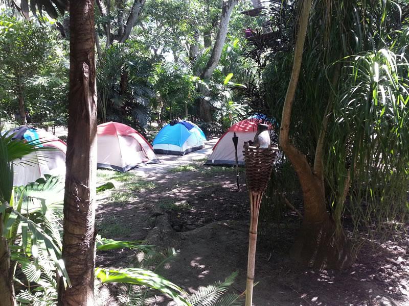 Hospedaje y Alojamiento En Casas De Campaña En El Río Pescados Jalcomulco Veracruz