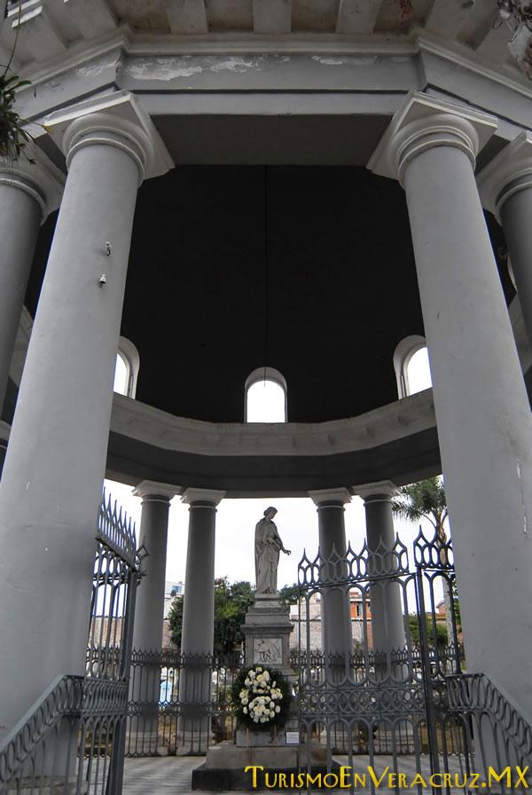 El Cementerio 5 de Febrero, monumento nacional