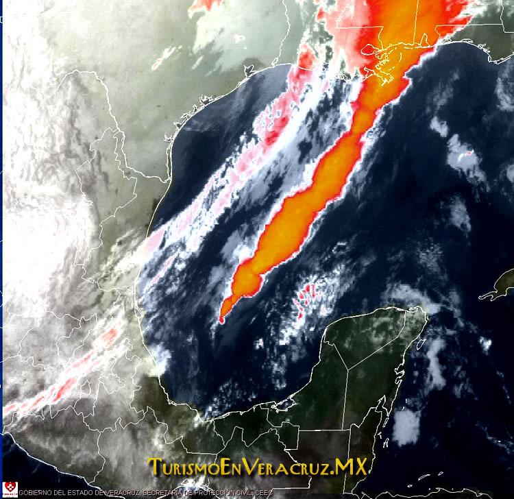 Nublados, lluvias y lloviznas aisladas por frente frío No. 28: SPC