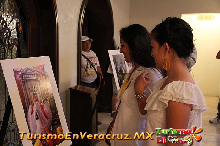 Premia Secturc a ganadores de Redes de Tlacotalpan