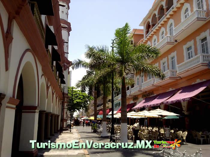 Agenda Cultural Del Ayuntamiento de Veracruz Del 16 Al 22 de Abril 2012
