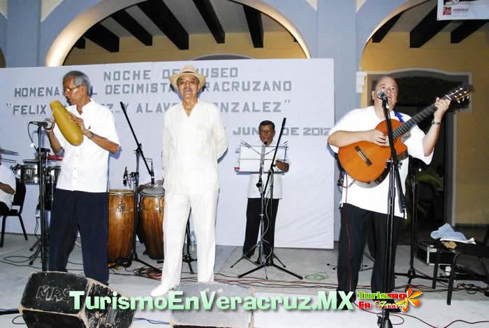 Todo un éxito el homenaje al Decimista Félix Martínez