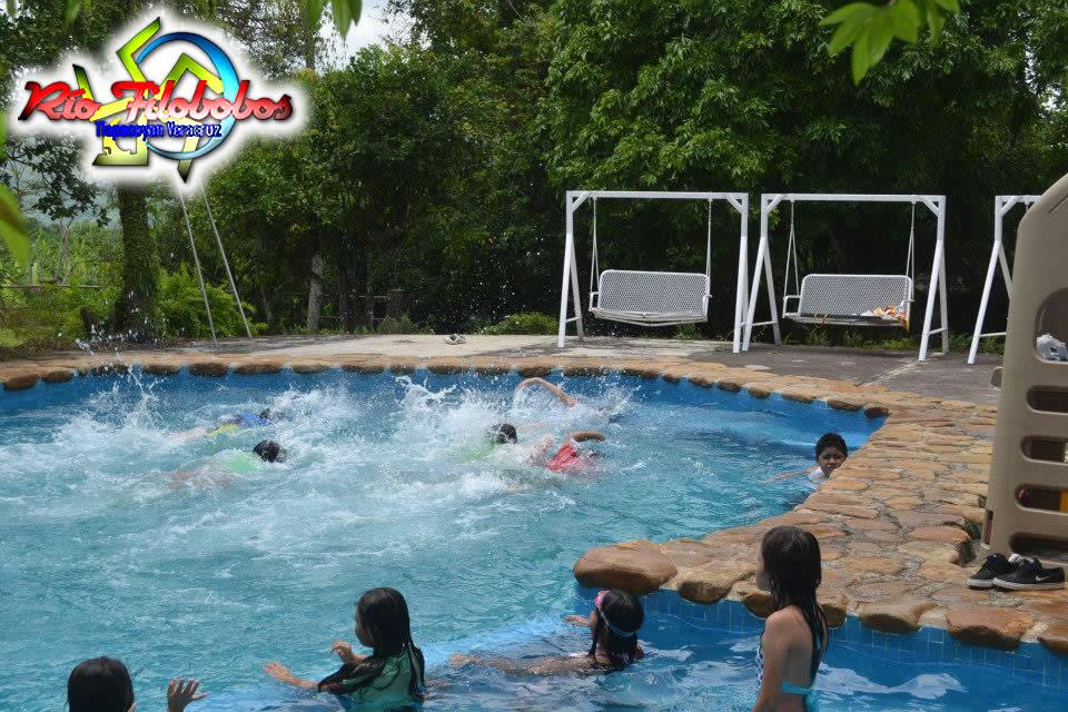 Filobobos Te Ofrece El Campamento De Verano 2013 - Alberca En Filobobos