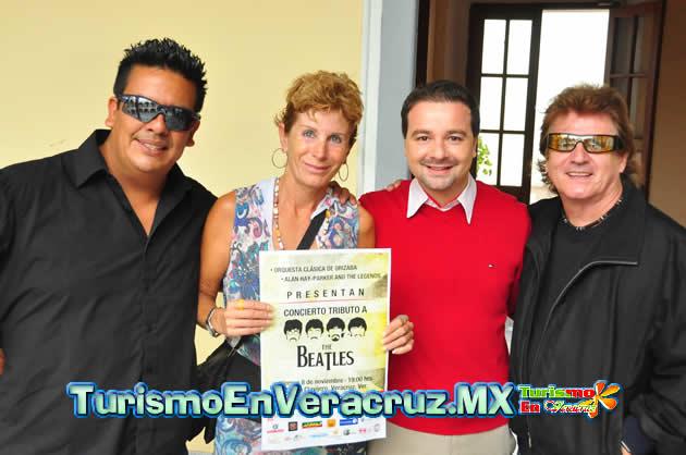 """Invita Ayuntamiento de Veracruz al Concierto Tributo a """"The Beatles"""" en el Teatro Clavijero."""