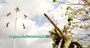 Gran presentación de los Voladores de Papantla en Nuevo México