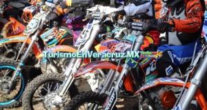 Vive Jalcomulco la adrenalina y velocidad del Campeonato Nacional Enduro 2015