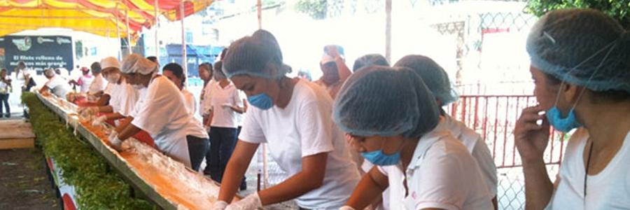 Inicia la preparación del filete más grande del mundo en Santa Ana 2011