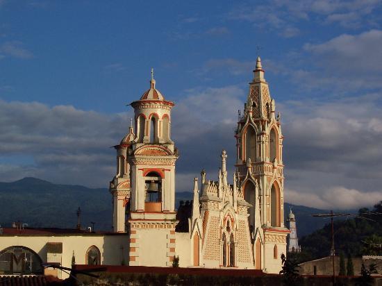 """Celebra Coatepec cinco años como """"Pueblo Mágico"""""""