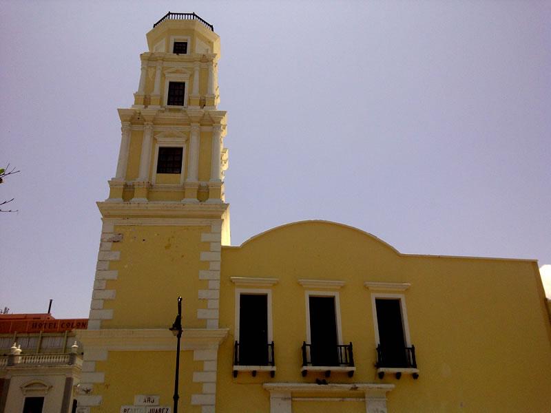 """El Faro """"Benito Juárez"""""""