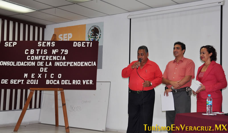 Imparte Ayuntamiento de Veracruz conferencias gratuitas a estudiantes porteños