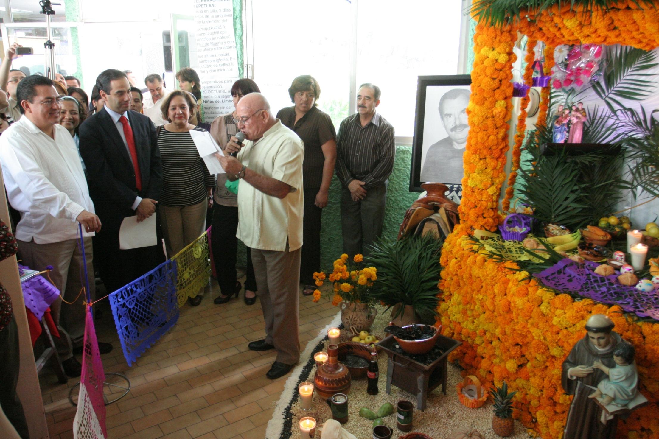 Inicia muestra de altares en Xalapa