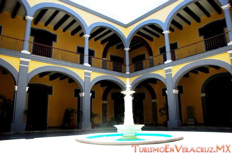 """""""Museo Red"""", innovador programa para conocer la historia del Municipio de Veracruz"""