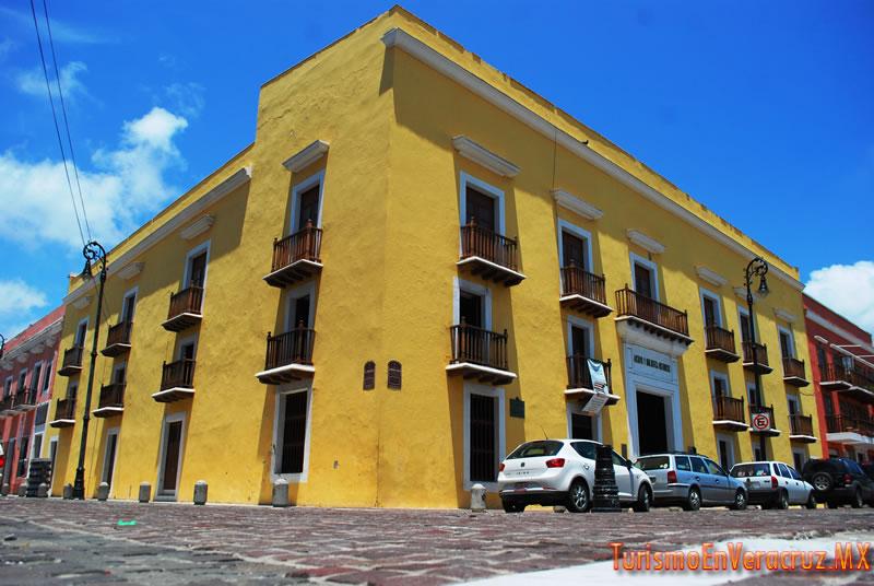 """Reinicia Ayuntamiento de Veracruz programas: """"Vámonos de Pinta"""" y """"Ciclo de Cine"""""""