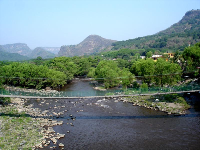 Avala Conagua presas en el río Los Pescados de Veracruz