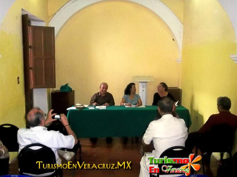 """Expone Ayuntamiento de Veracruz conferencia """"Mistral, Darío y Novo"""""""