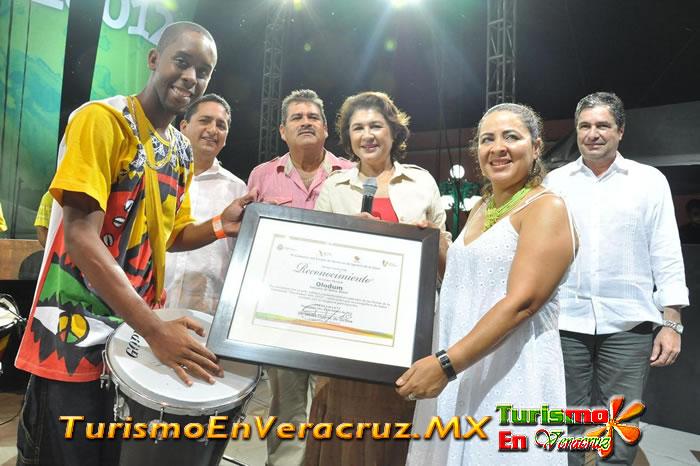 Tlacotalpan es fiesta de intercambio cultural, tradición y alegría