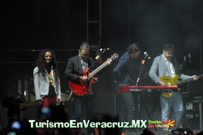Avasallador concierto de Café Tacvba en Cumbre Tajín 2012