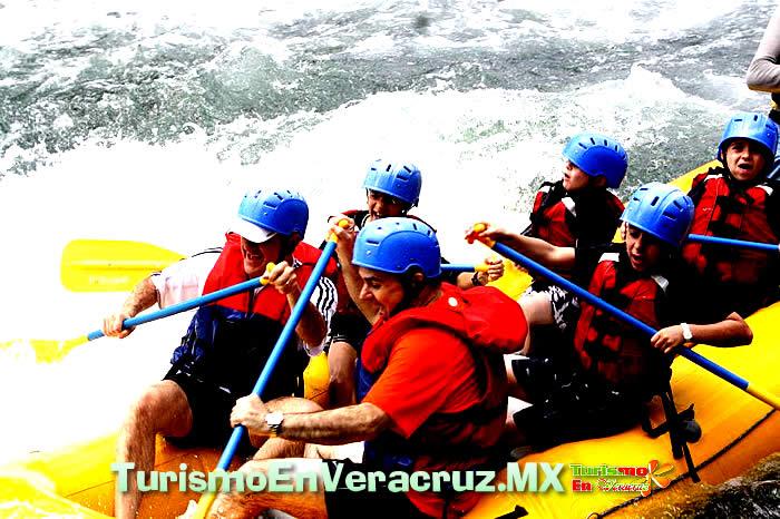 Vive La Aventura En El Río Filobobos Veracruz