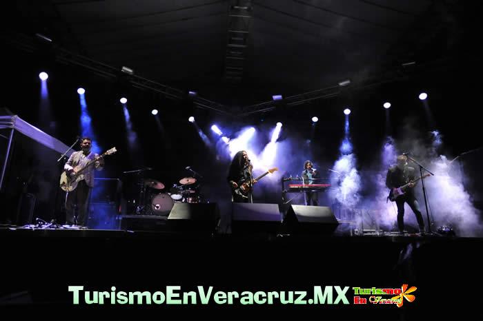 Espectacular cierre de Hay Festival Xalapa 2012 con la presentación de Café Tacvba