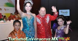 En el Carnaval de Veracruz 2013, la corte real comprometida con hacer la mejor fiesta de todas