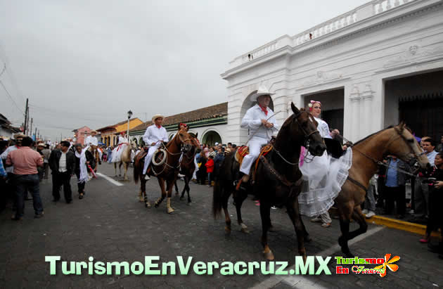 Más de 800 jinetes en la tradicional Cabalgata de las fiestas de La Candelaria 2013