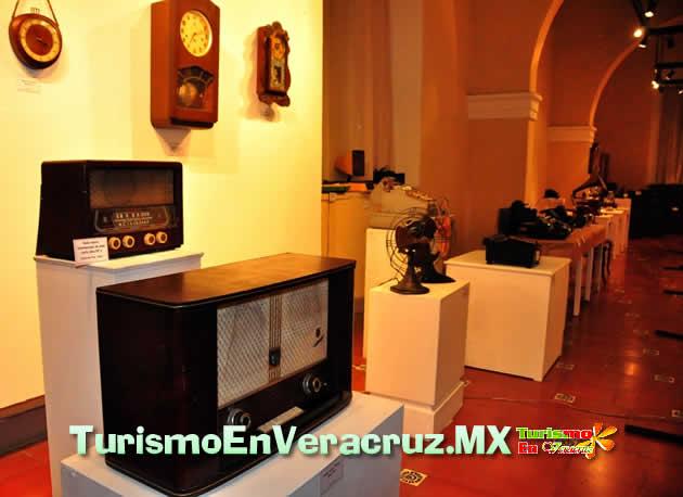 """Presenta Ayuntamiento de Veracruz exposición """"Antigüedades"""" en el Museo de la Ciudad"""