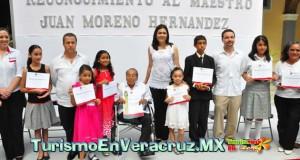 Reconoce Ayuntamiento de Veracruz trayectoria del Mtro. Juan Moreno.