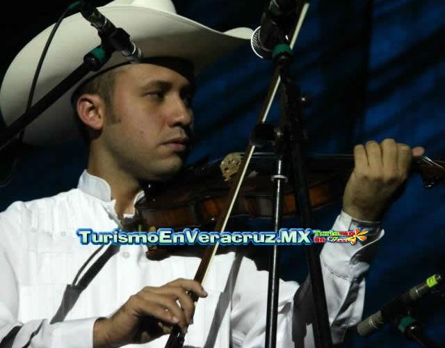 Presenta IVEC charla El son en Veracruz en el Cevart