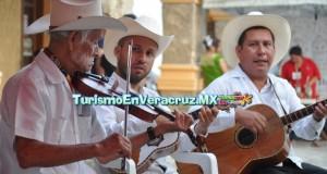 Reconocen a grandes exponentes del son huasteco en la Fiesta Anual del Huapango