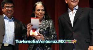 Reconocen carrera artística de Tongolele en Festival Agustín Lara