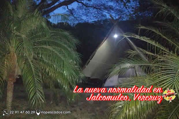 Hospedaje y alojamiento en casa de campaña en el río Pescados, Jalcomulco Veracruz